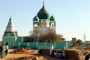 Dansende derwisjen in Sudan - de Hamid al-Nil moskee in Omdurman