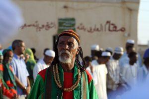 Dansende derwisjen in Sudan - Sufi met rastahaar