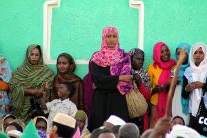 Dansende derwisjen in Sudan - vrouwen tijdens de Halgt Zikr bij de Hamid al-Nil moskee in Omdurman