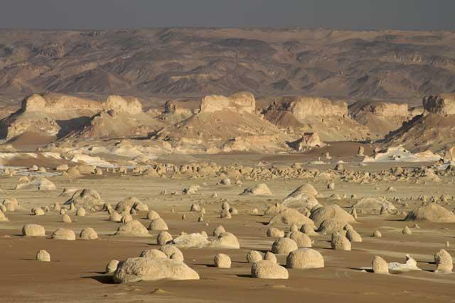 Landschap in de Witte Woestijn in Egypte