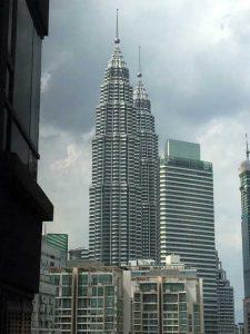 Petronas Twin Towers - vanaf hotelkamer overdag