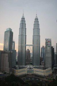Petronas Twin Towers - vanaf Skybar overdag