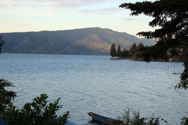 Eerste tien uitzichten van verblijfplaatsen tijdens wereldreis - Samosir