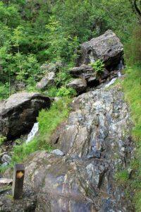 Verrassende watervallen Schotland - Wandelpad naar Steall Meadows met Steall Falls