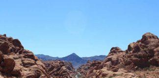 Omgeving van Las Vegas - weg door Valley of Fire State Park