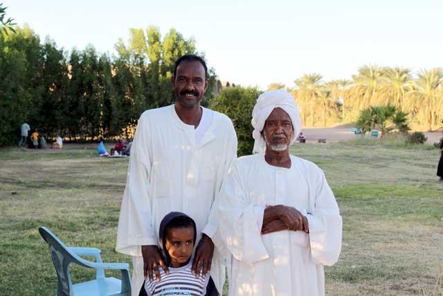 Sudan in dertien portretten - Grootvader, vader en zoon bij Kerma