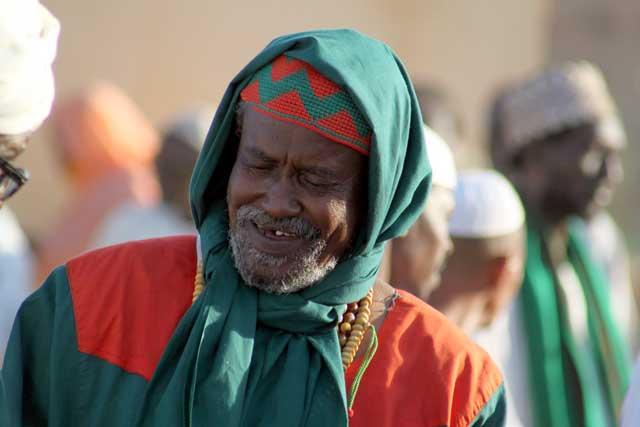 Sudan in dertien portretten - Sufi bij de Hamed el-Nil moskee in Omdurman
