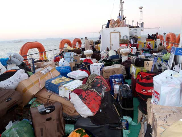 Volle bak op de ferry van Egypte naar Sudan (Soedan)
