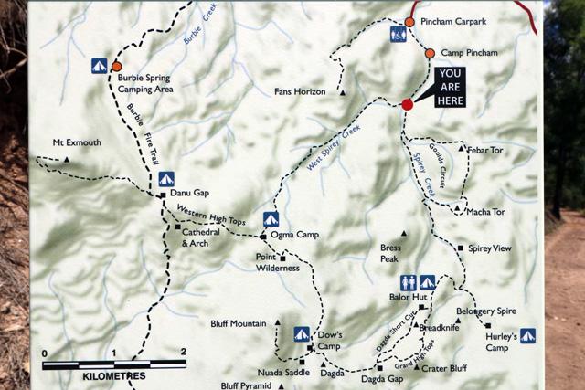 Breadknife en Grand High Tops wandeling in Warrumbungle Nationaal Park, New South Wales, Australië - Kaart van de Breadknife en Grand High Tops wandelroute